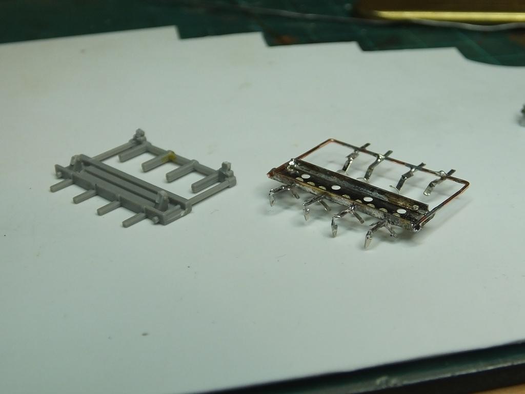 Bomb-rack-5.JPG